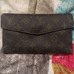 ❤️LV Vintage Authentic Bifold Wallet❤️